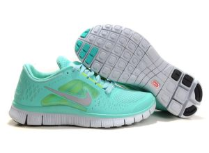 nike free run light green shoes